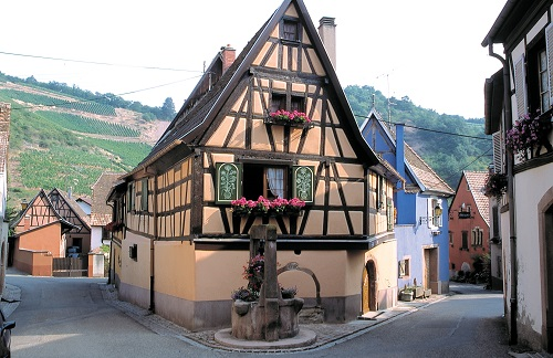 ALSACE ON THE FRONTLINE image