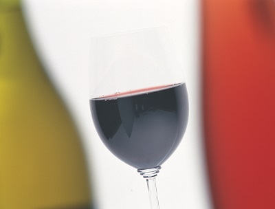RED WINES FOR SERVING AT EASTER image